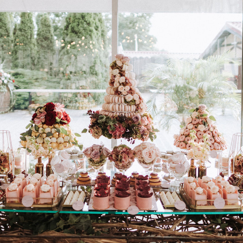 The Floral Cake Bar